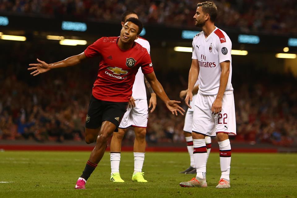 Jelang Laga Kontra United, AC Milan Punya Amunisi Segar