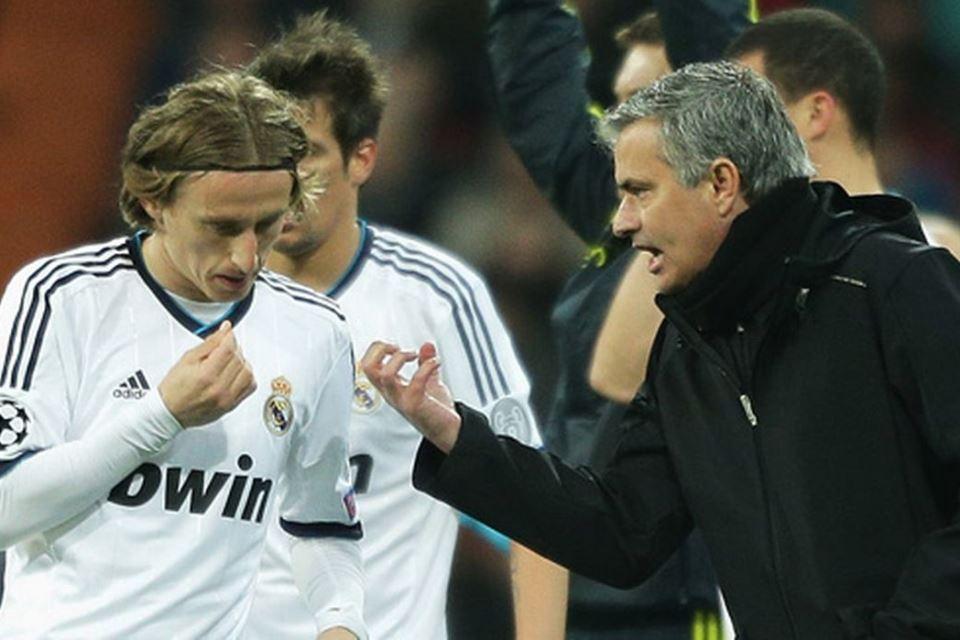 Mourinho Puji-Puji Modric, Kode Keras Buat Tottenham?
