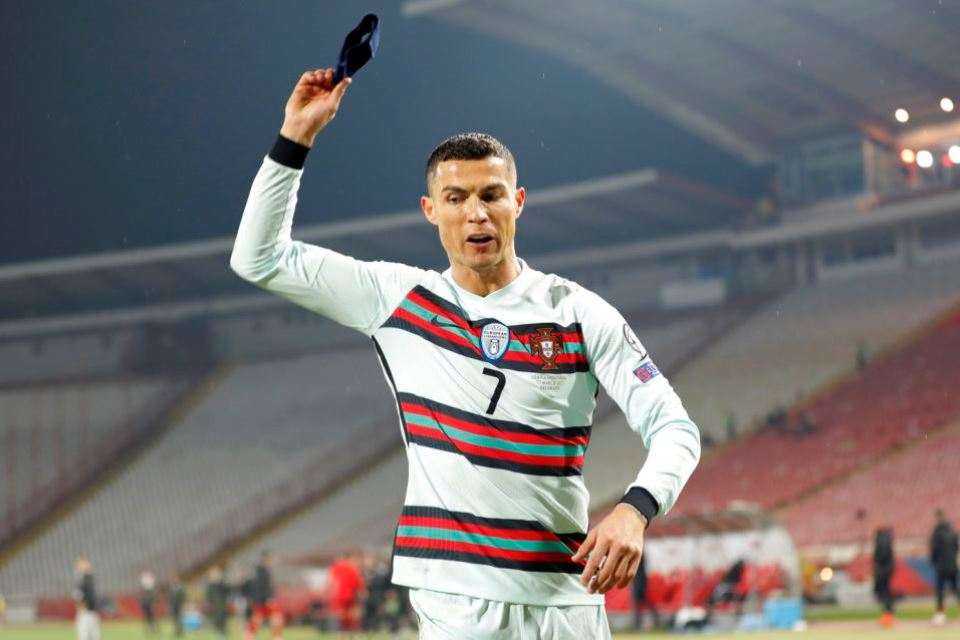 Ngamuk Dan Banting Ban Kapten, Del Piero; Ronaldo Lebay