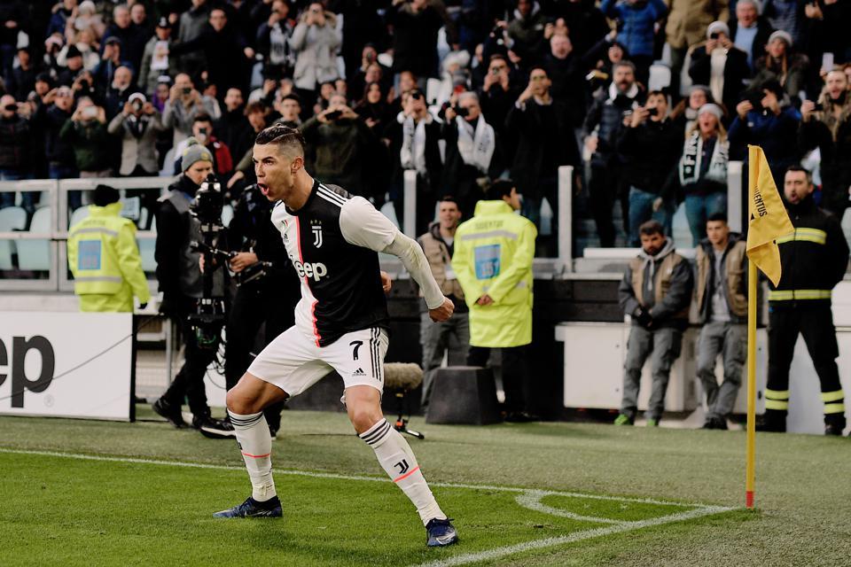 Top! Ronaldo Sudah Bikin Gol Di Semua Stadion Klub Di Serie A