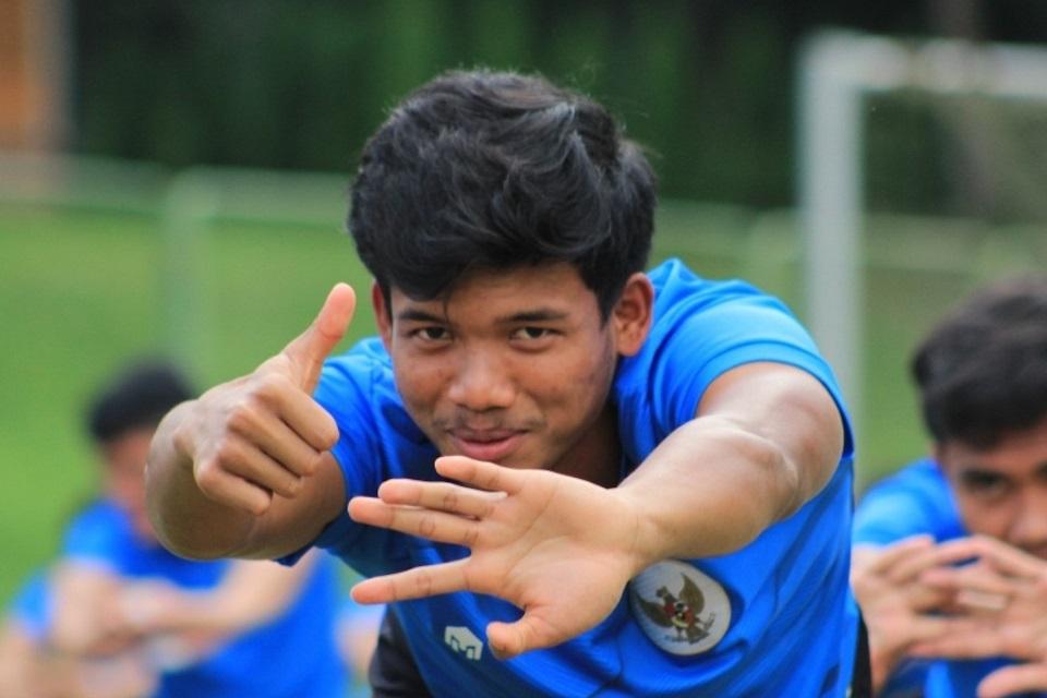 Fullback Anyar Persib Senang dengan Sikap Pemain Senior Maung Bandung