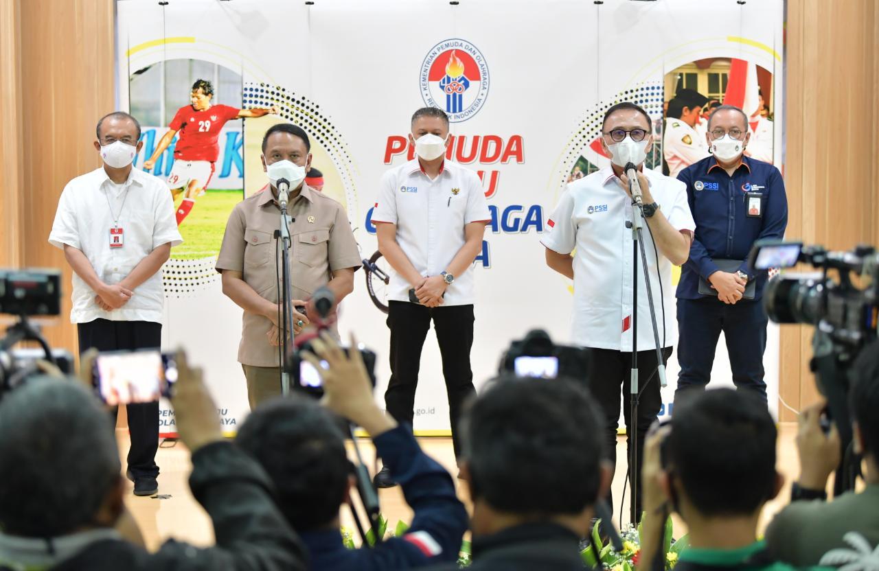 Jelang Final, Menpora Imbau Suporter Persija-Persib Hindari Kerumunan