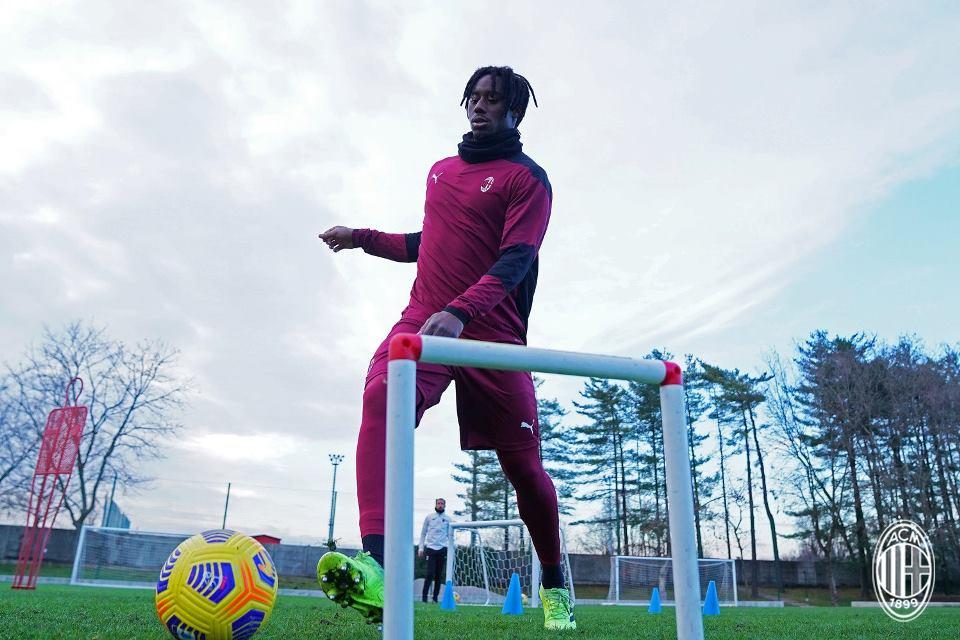 AC Milan Gantung Masa Depan Gelandang Torino, Soualiho Meite