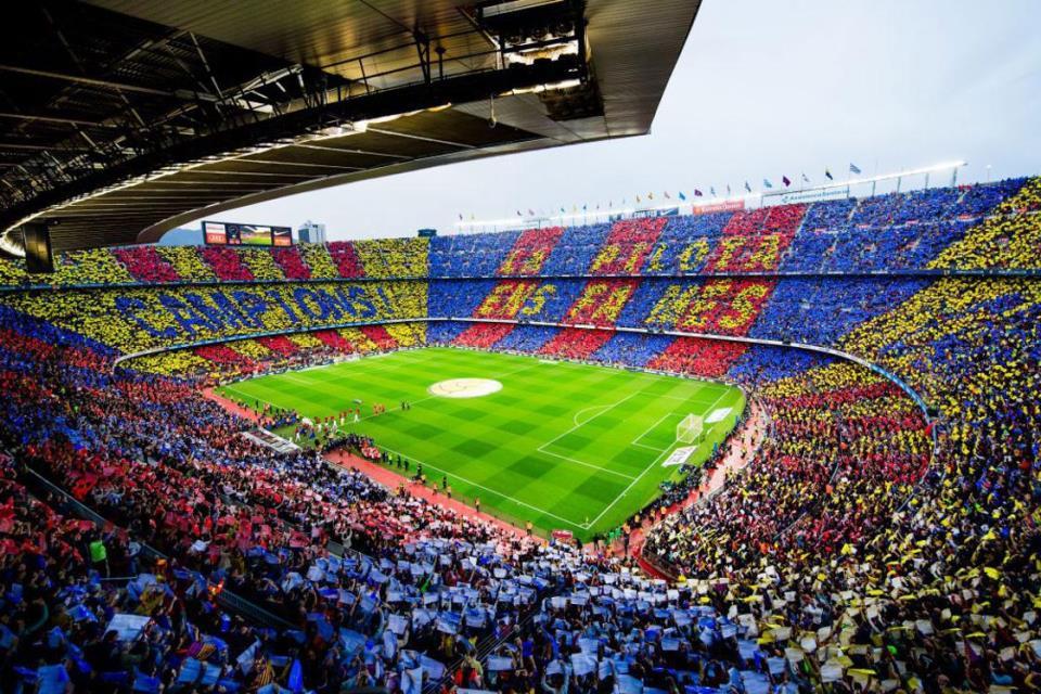 Barcelona Tak Berniat Keluar dari Liga Super Eropa