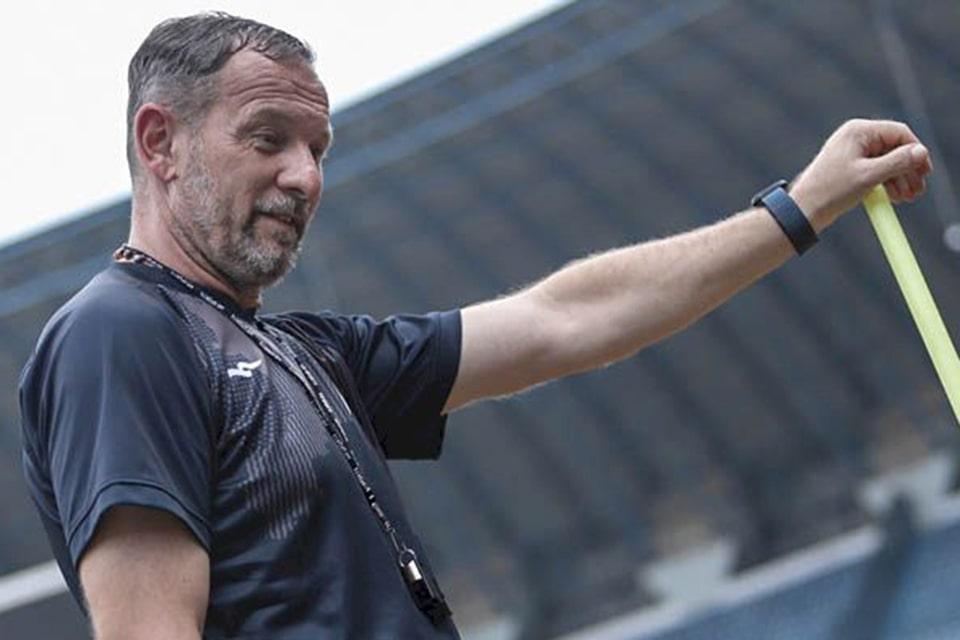 Dejan Antonic Enjoy Hadapi Pertandingan Emosional