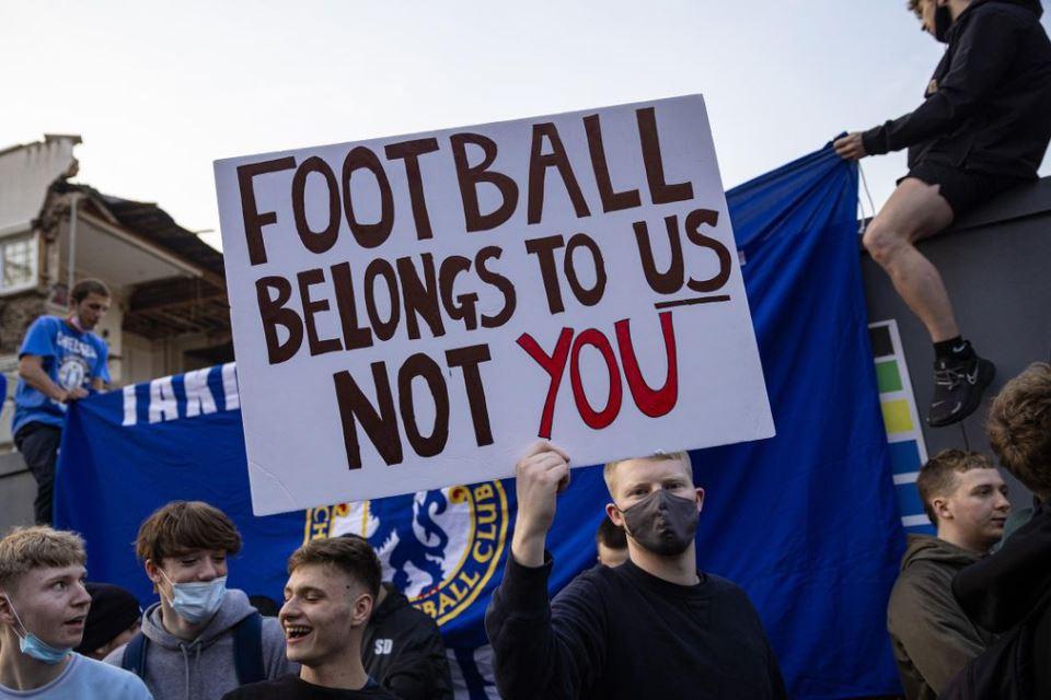 Gagalkan ESL, Mantan Petinggi Real Madrid: Fans Liga Inggris Menang Perang!