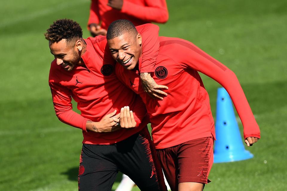 Guardiola; Matikan Neymar Dan Mbappe Sama Seperti Redam Wilfried Zaha