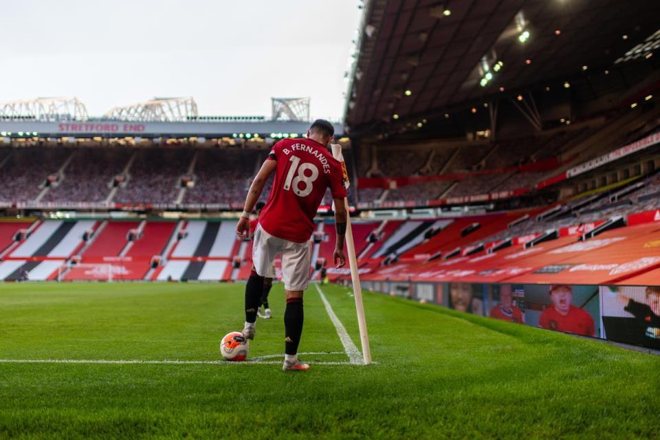 Kerap Kalah Di Old Trafford, Solskjaer Salahkan Background Berwarna Merah