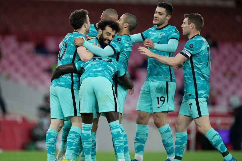 Liverpool Bersenang-Senang Diatas Kekalahan Chelsea dan Leicester