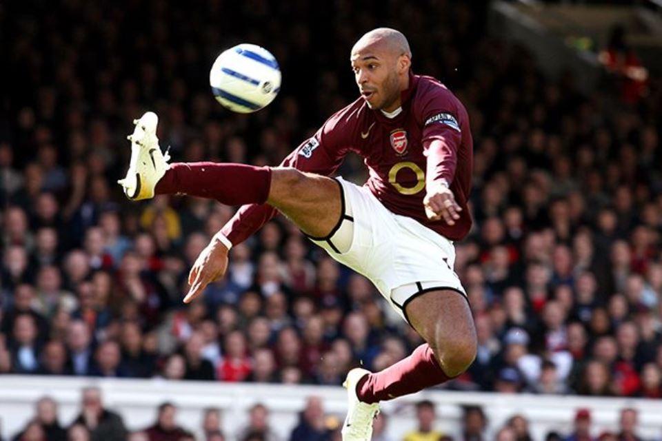 Maaf Aguero, Thiery Henry Striker Terbaik Sepanjang Sejarah Liga Inggris