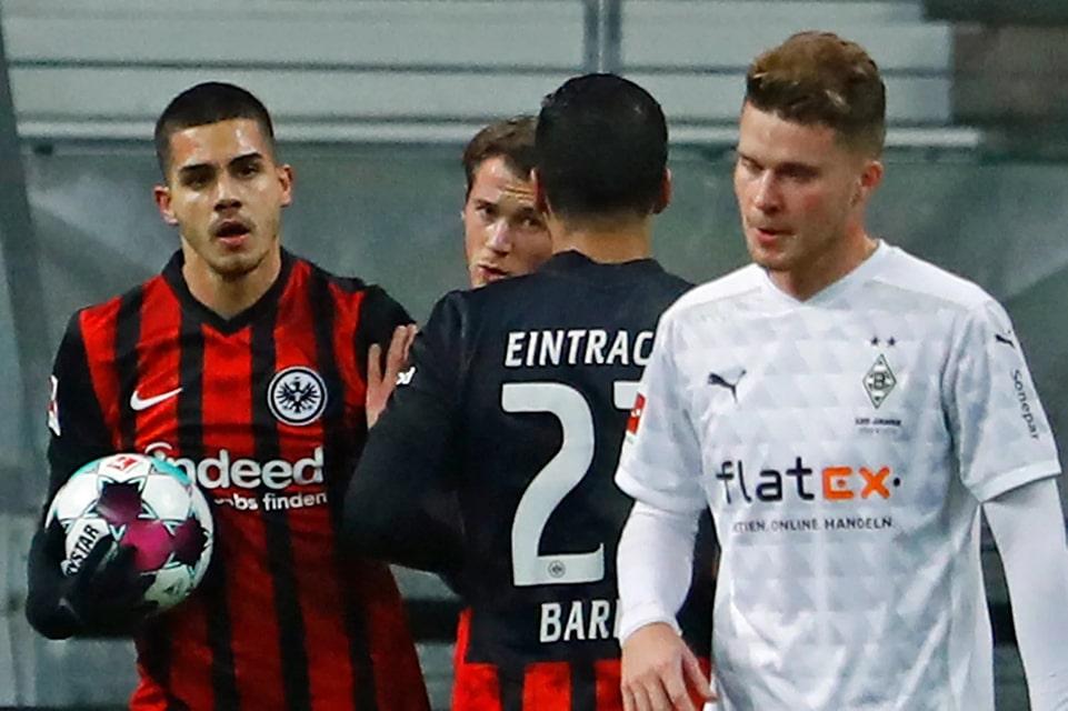 Monchengladbach vs Frankfurt: Prediksi dan Link Live Streaming