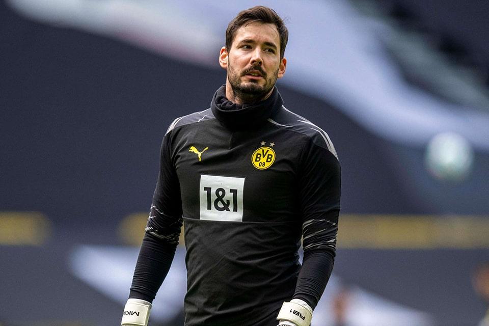Dortmund akan lepas Burki dengan Harga Murah
