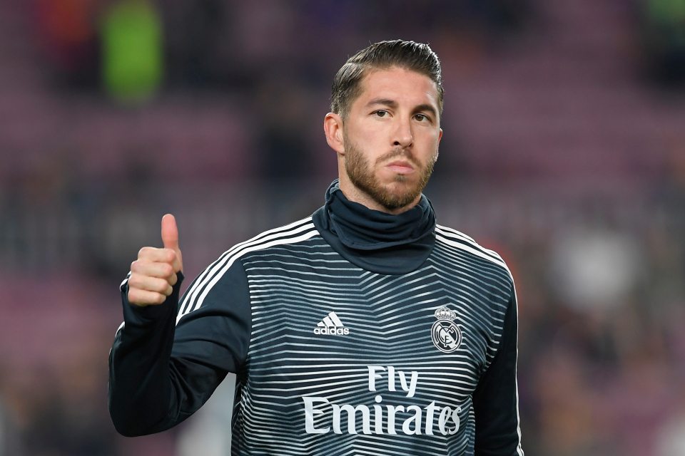Sergio Ramos Opsi Kedua Andai Man United Gagal Dapatkan Varane