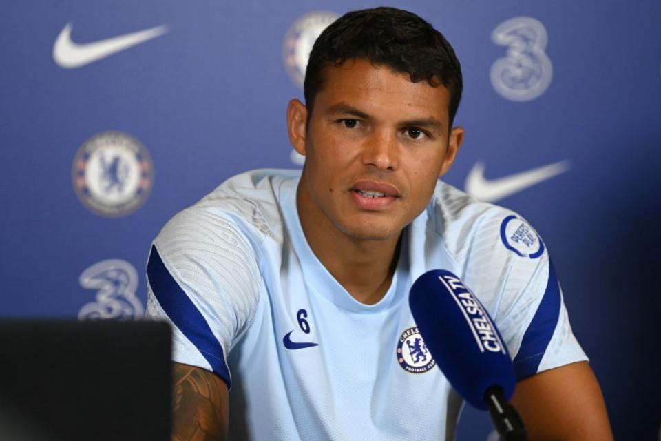 Thiago Silva Berharap Dipertahankan Lebih Lama Di Chelsea