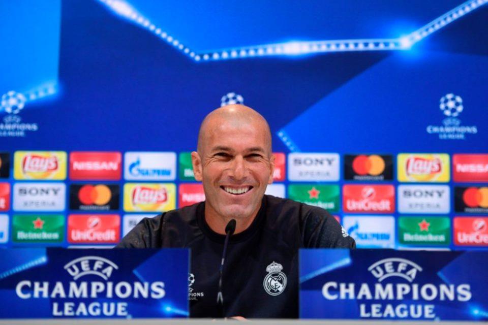 Zidane Beri Kode Keras Ingin Latih Juventus