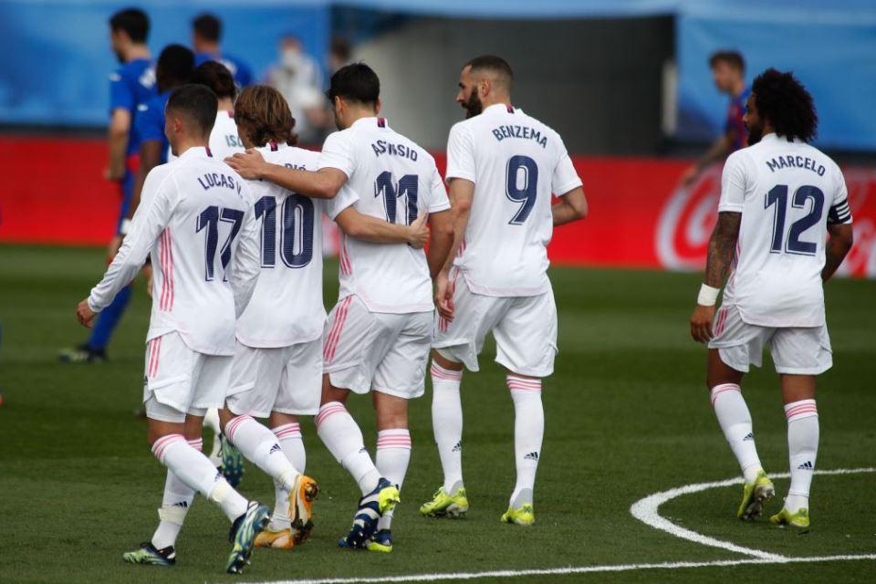 Zinedine Zidane: Real Madrid Pantas Lebih Dihargai!