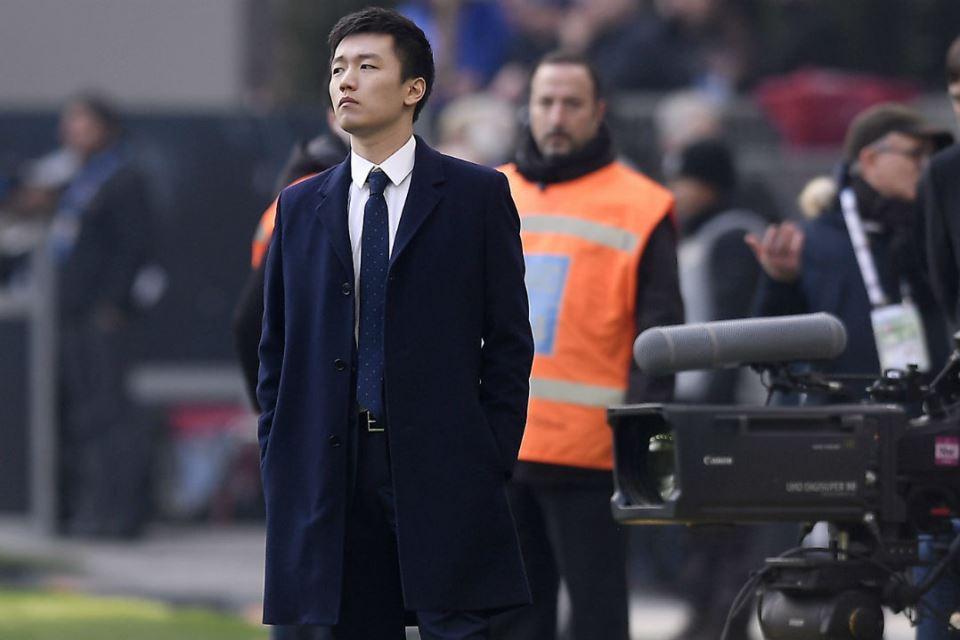 Conte Dipecat, Fans Inter Geruduk Markas Klub, Tuntut Steven Zhang Mundur