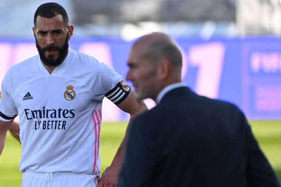 Ditinggal Zinedine Zidane, Karim Benzema Dia Manusia Sempurna!