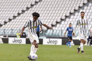 Jadi Eksekutor Penalti, Juan Cuadrado; Tak Ada Pemain Juventus Yang Mau