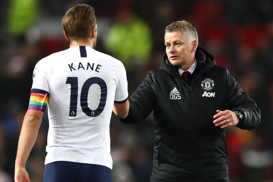 Man United Iming-Imingi Harry Kane Gaji Rp 8,1 Per Pekan