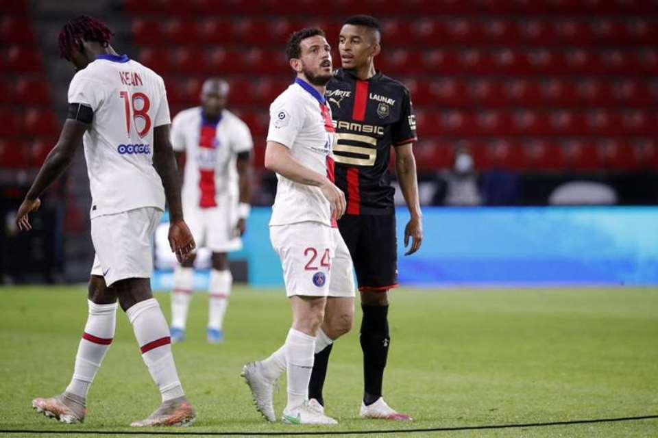 PSG: Makin Tertinggal Dari Lille, Terancam Dari AS Monaco