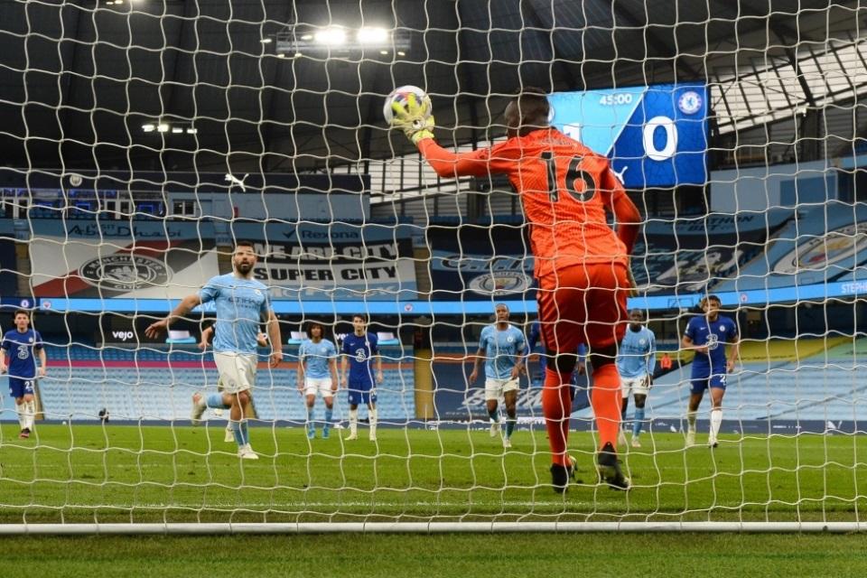 Penalti Gagal, Man City Gagal Gelar Pesta Juara, Aguero Minta Maaf