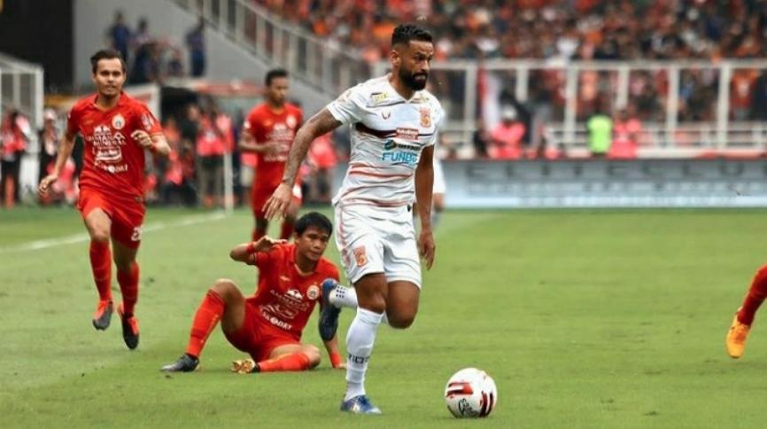 Fransisco Torres Resmi Kembali Berkostum Borneo FC