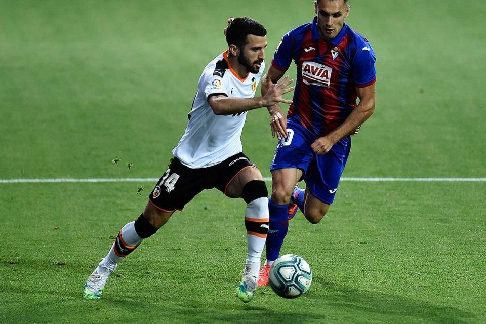 Valencia Enggan Lepas Jose Gaya ke Barcelona