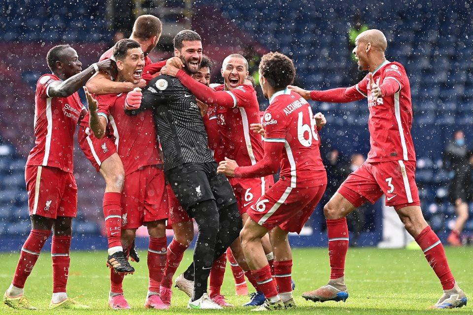Efek Cetak Gol, Alisson Bakal Dapat Hadiah Spesial dari Liverpool