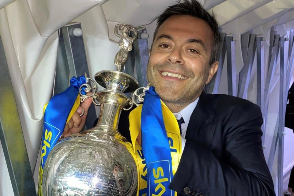 Pemilik Leeds United Siap Akuisisi Inter Milan dan AC Milan?