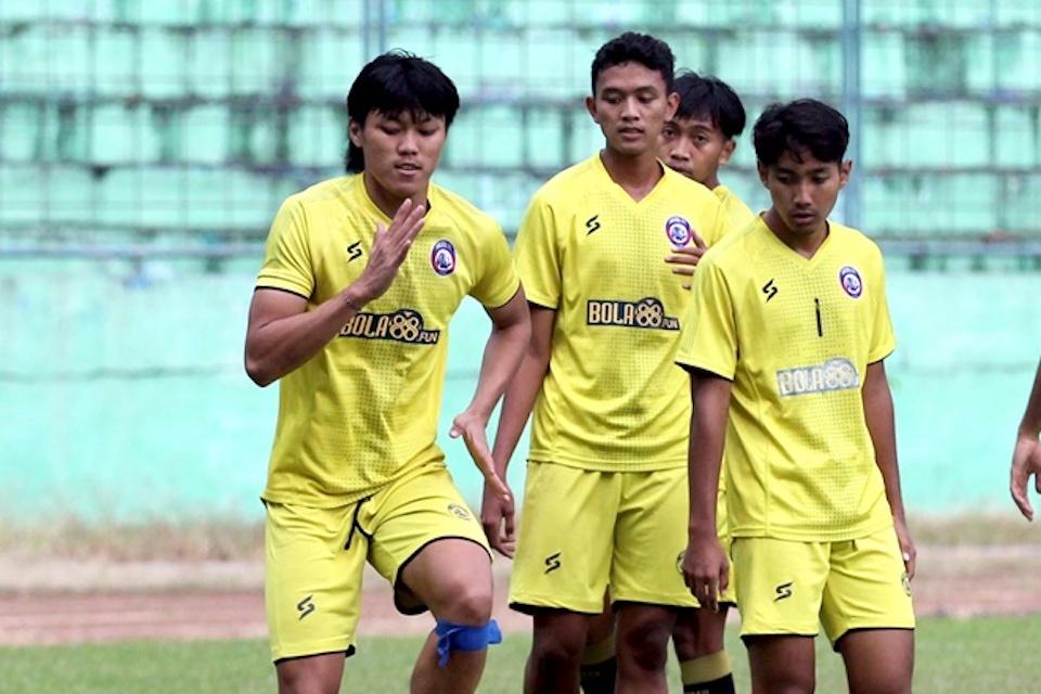 Soal Teka-Teki Legiun Asing, Pelatih Arema FC Beri Kepastian