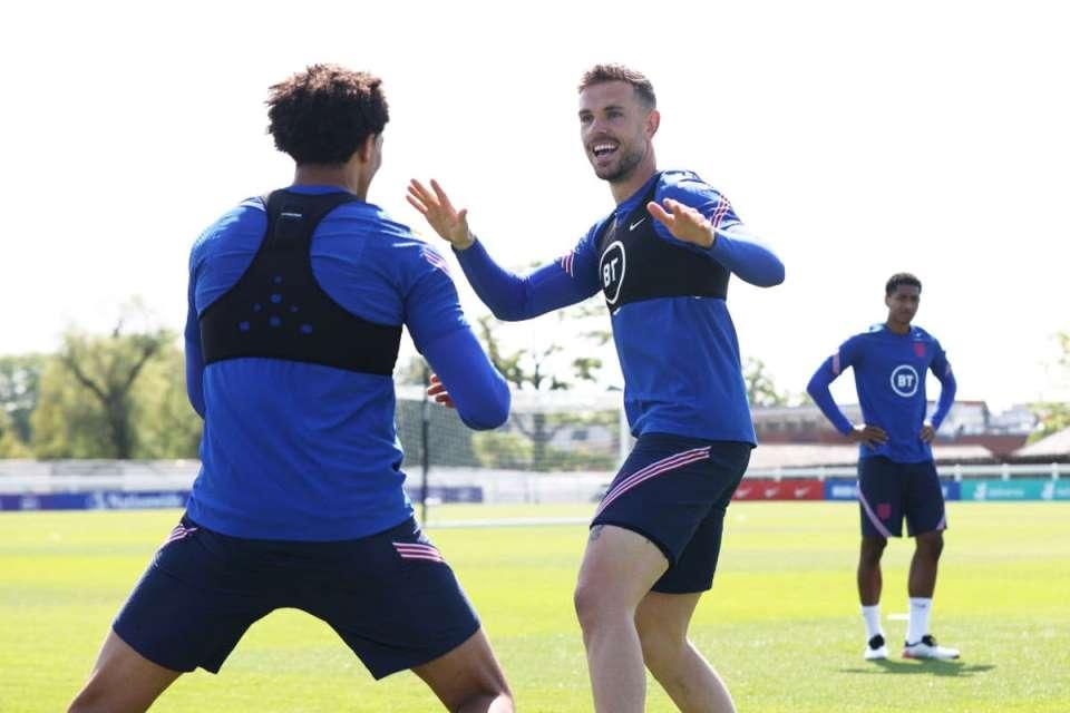 Belum Main Sejak Februari, Henderson Cadangan di Laga Perdana Euro 2020