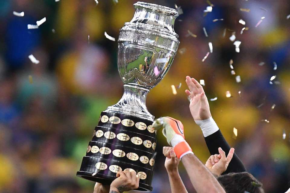 Puluhan Postif Covid, Copa Amerika Masih Mau Lanjut?