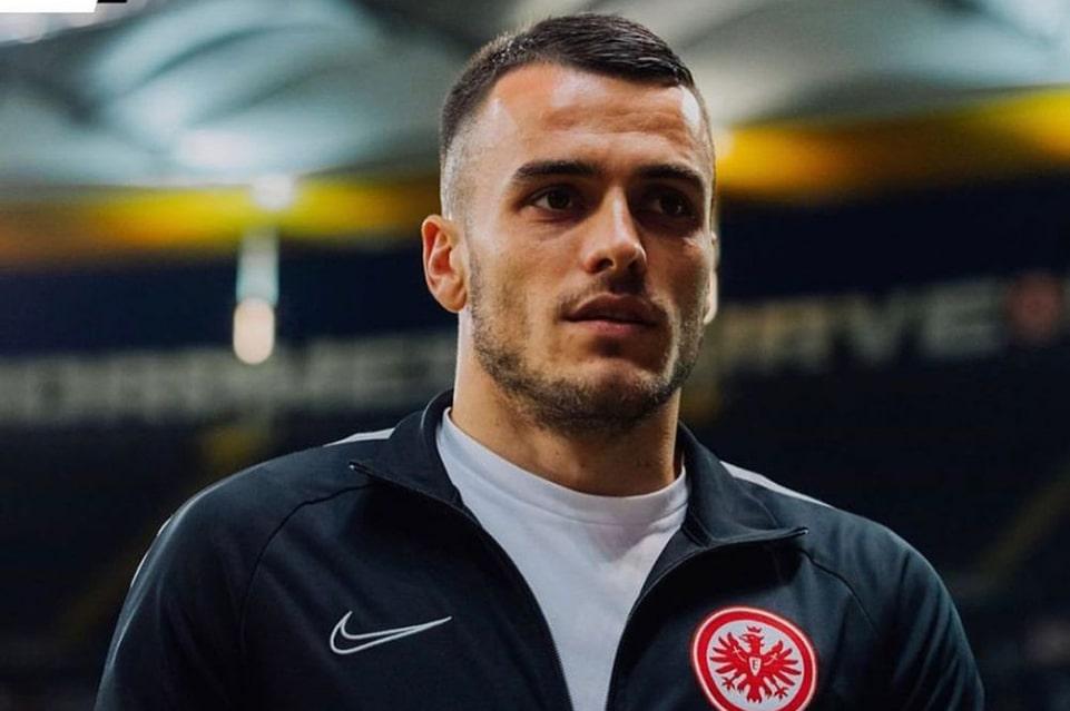 Filip Kostic Setujui Kesepakatan Pribadi Dengan Inter Milan