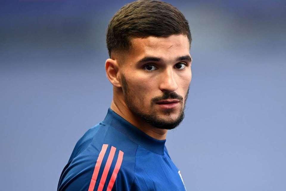 """Demi Bintang Lyon, Dua Tim Besar London Siap """"Derby"""" di Lantai Bursa"""
