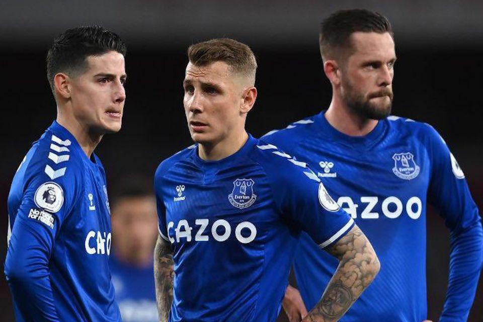 Cari Pengganti Calhanoglu, AC Milan Bidik Bintang Everton