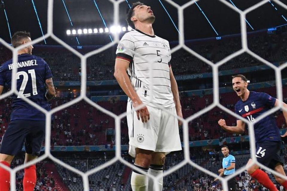 Menang Berkat Gol Bunuh Diri, Performa Prancis Bikin Bangga Deschamps