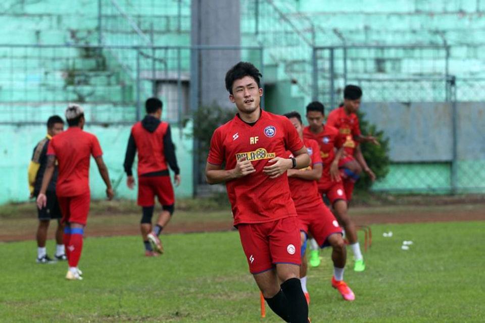 Renshi Ungkap Peran Rivaldo Ferre Dalam Perjalanan Karirnya Ke Arema FC