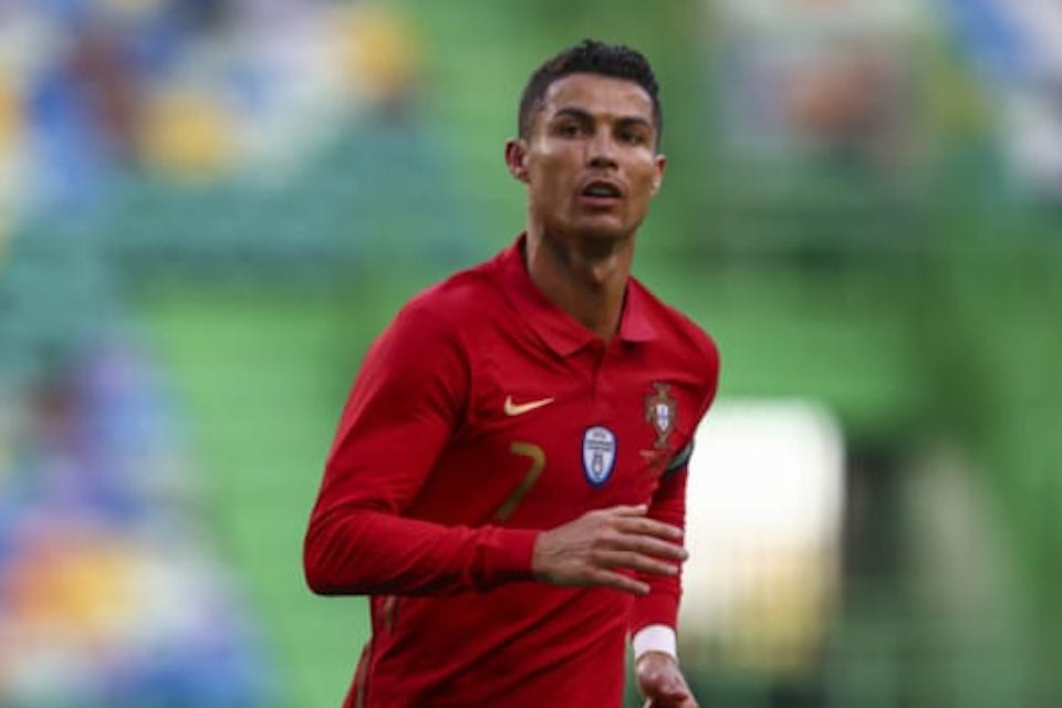 Cristiano Ronaldo, Rekor Baru dan Sepatu Emas