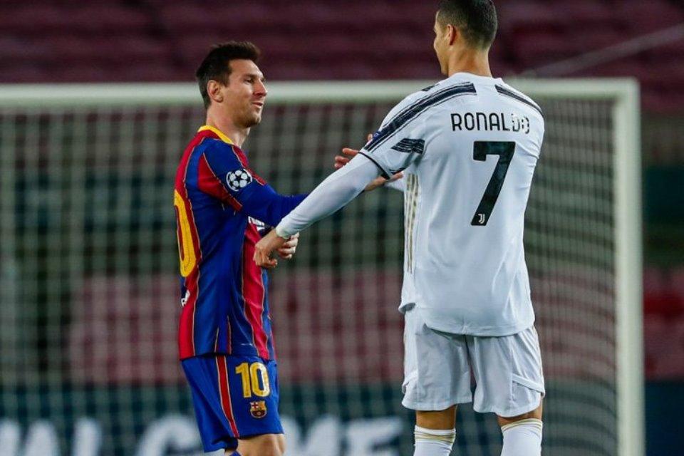 Ronaldo Selalu SMS Ferdinand Jika Ada Orang Yang Puji-Puji Messi