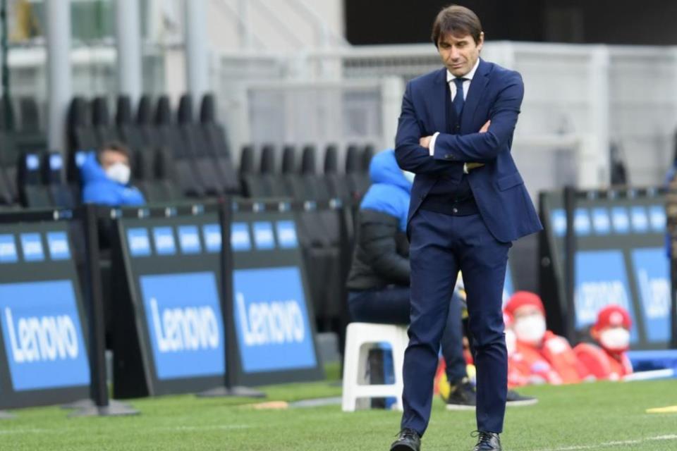 Tottenham Selangkah Lagi Resmikan Kedatangan Antonio Conte