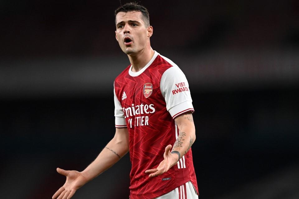 Mantan Kapten Arsenal Segera Merapat ke Italia