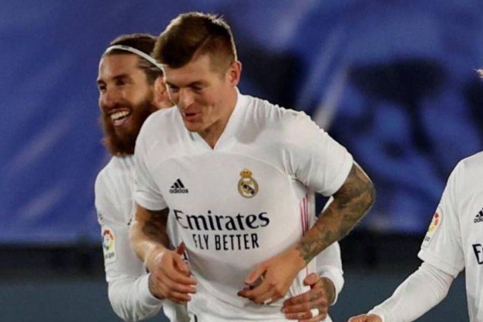 Toni Kroos Sangat Berharap Sergio Ramos Bertahan, Ini Alasannya