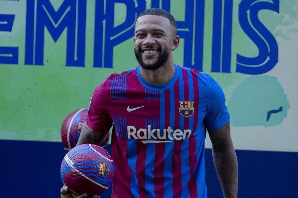 Di Man United Gagal, Mungkinkah Depay Bersinar di Barcelona?