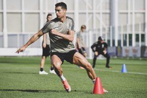 Diisukan Ingin Hengkang, Ronaldo Kembali Berlatih di Juventus