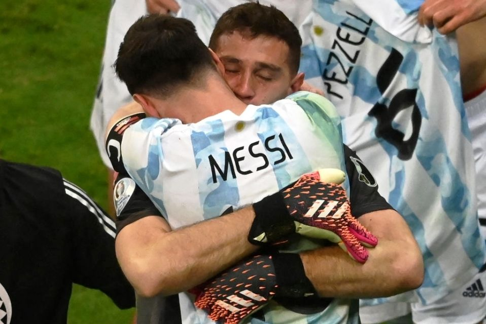 Emiliano Martinez Messi