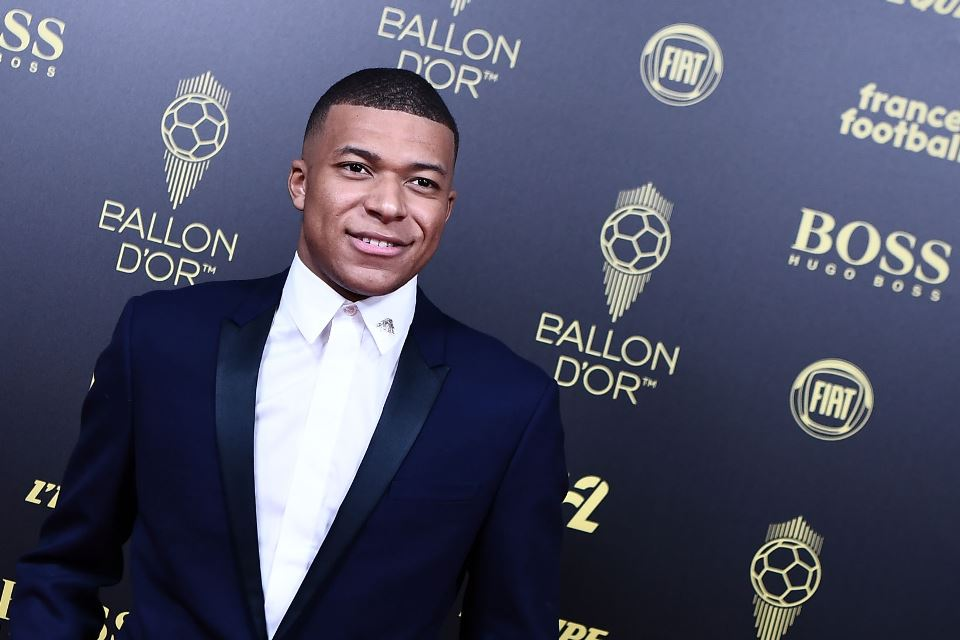 Kalau Mau Ballon d'Or, Mbappe Harus Mau Pindah Dari PSG