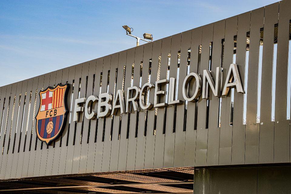 Kencangkan Ikat Pinggang, Barcelona Siap Pangkas Gaji Pemain Senior