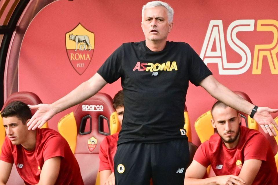 Menanti Sentuhan Emas Mourinho Akhiri Puasa Gelar 14 Tahun AS Roma