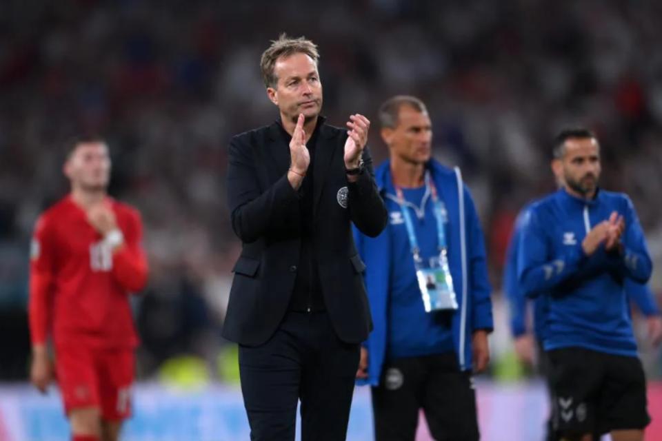 Merasa Dicurangi Inggris, Pelatih Denmark: Rasanya Sakit Betul!